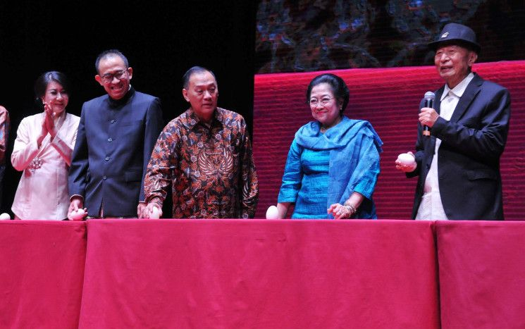 Ir Ciputra, Megawati Soekarnoputri, and The Philosophy of Columbus' Egg